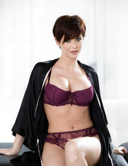Short Hair Model Emily Addison - 00